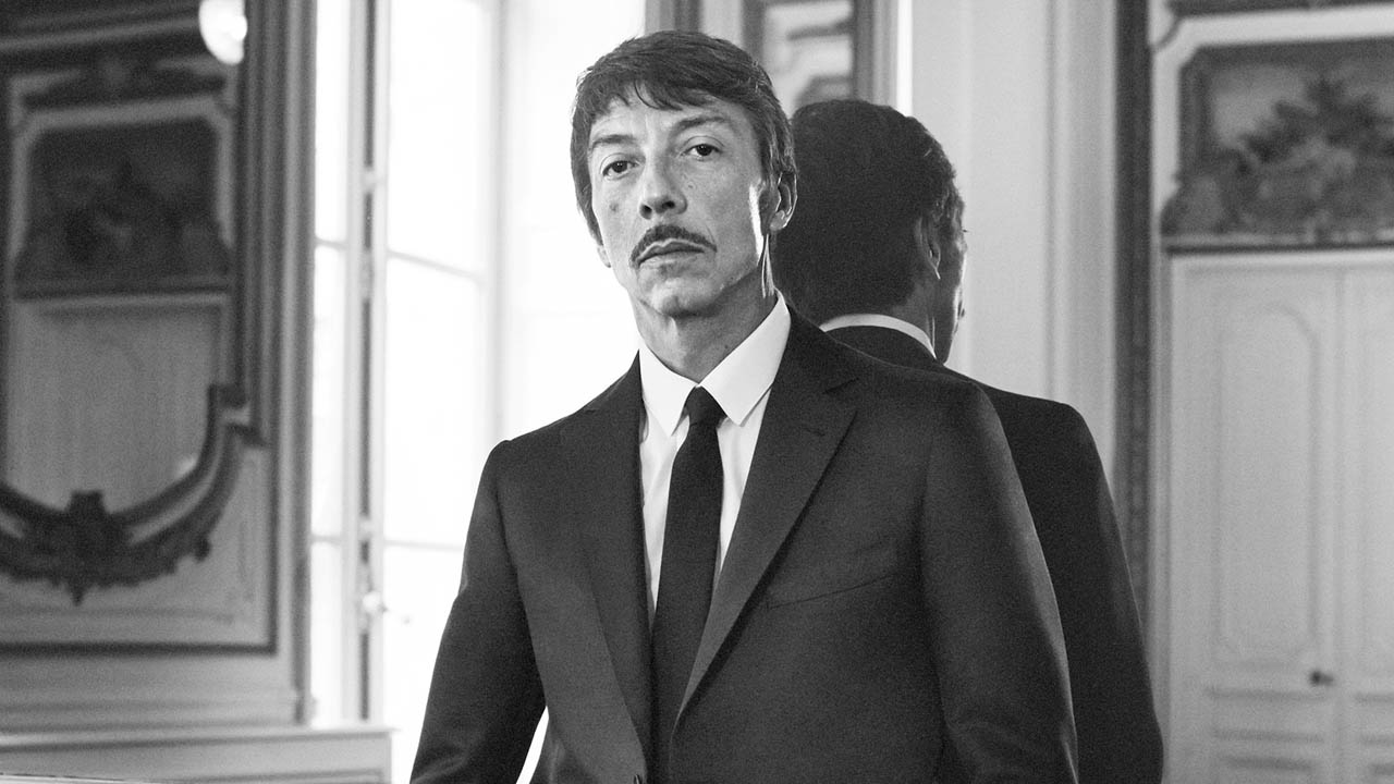 "Pierpaolo Piccioli receives the CFDA ""International Women's Designer of the Year"" Award"