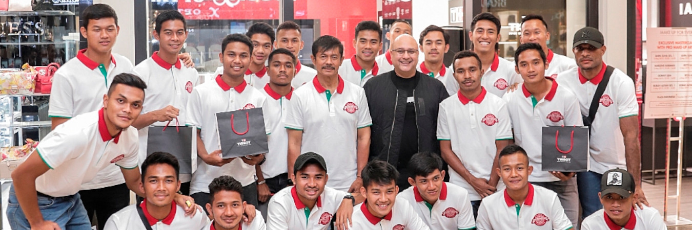 INDONESIA NATIONAL U-22 FOOTBALL TEAM RECEIVED TISSOT WATCHES FOR WINNING 2019 AFF U-22 YOUTH CHAMPIONSHIP
